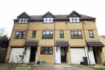4 bedroom house to rent in Adelina Mews, Balham