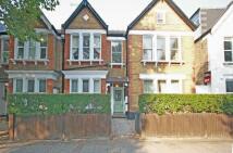 2 bedroom Flat to rent in Cavendish Road...