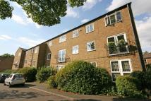 Flat to rent in St. Gerards Close...