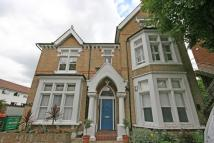 2 bedroom Flat to rent in Nightingale Lane...