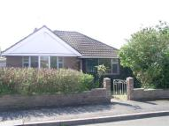 2 bedroom Detached Bungalow in Manor Road, Nounsley