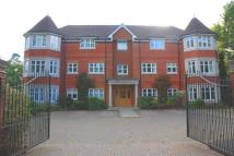 2 bedroom Serviced Apartments in Warbeck House, Weybridge