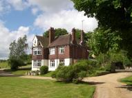 5 bed Detached home in Valley Road, Fawkham...