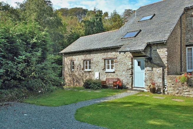 3 bedroom barn conversion for sale in nr dartmouth south