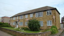 1 bed Ground Flat in APARTMENT 4 WESTERN ROAD...