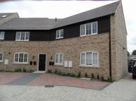 2 bedroom Flat in Weir Cottage Close...