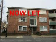 2 bed Flat to rent in Pemberton Court...