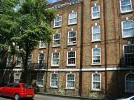 2 bedroom Flat to rent in Brady Street