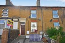 Flat to rent in 40 Kingsley Road...