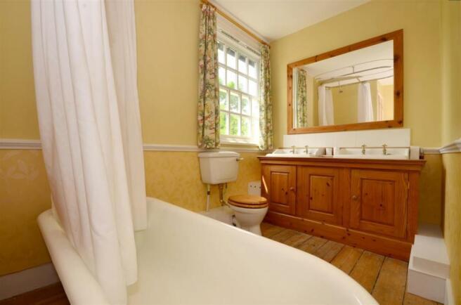 9013j9iz - bathro...