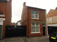 Ground Flat to rent in Paget Road, Leicester...