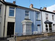 2 bedroom Flat in The Avenue, Carmarthen...