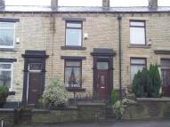 2 bedroom Cottage in Rochdale Road, Shaw...