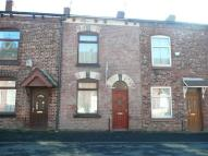 2 bed Terraced house to rent in Stott Street