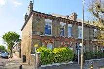 Flat for sale in Grayshott Road...
