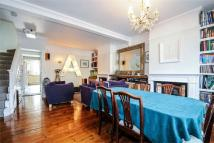 3 bed Cottage for sale in Robertson Street...