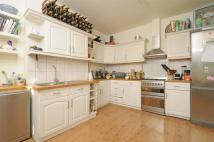 4 bedroom Flat to rent in Beeches Road...