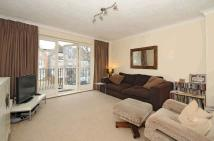 1 bedroom Flat in Thrale Road, Furzedown...