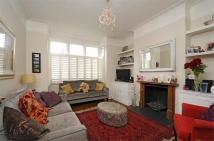 2 bedroom Flat in Mandrake Road...