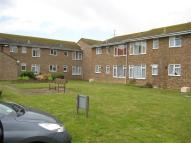 2 bedroom Flat in Farm Road...