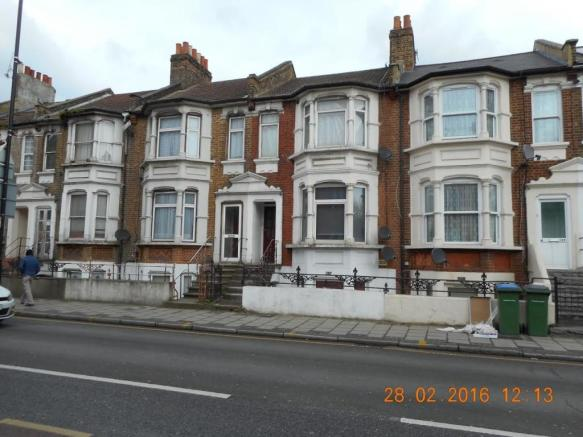 1 Bedroom Flat To Rent In Plumstead High Street Plumstead Se18 Se18