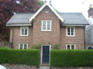 Detached property to rent in West End, East Yorkshire...
