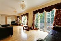 Detached house in West Leys Park...