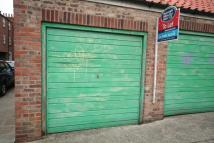 Well Lane Garage to rent