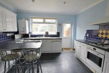 3 bedroom semi detached home to rent in Woodland Drive...