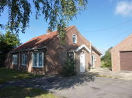 Detached Bungalow to rent in Heath Side Blackheath...