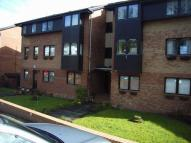 2 bed Flat to rent in Maxton Grove, Barrhead...