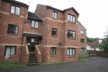 Flat to rent in Mahon Court, Moodiesburn...
