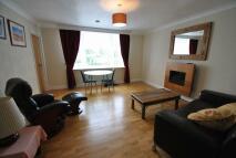 Lennox Court Flat to rent