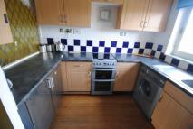 Flat in Abercromby Drive...