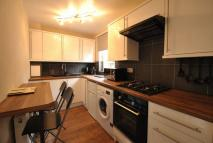 1 bed Flat to rent in Saltmarket Place...