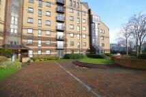 Mavisbank Gardens Flat to rent
