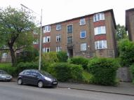 3 bedroom Flat in 17 Dorchester Avenue...