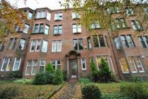 Flat to rent in 22 Woodcroft Avenue...