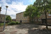 Flat to rent in Cathedral Square...