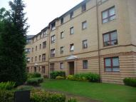Flat to rent in Grovepark Gardens...