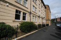Flat to rent in Carnarvon Street...