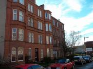 2 bed Flat to rent in Meadowpark Street...