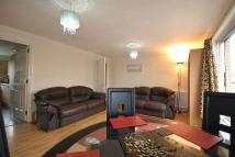 2 bed Flat to rent in Riverview Gardens...