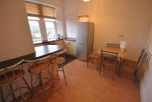 Flat to rent in Thornliebank Road...