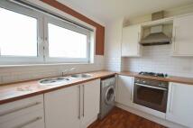 2 bedroom Flat to rent in Pine Crescent...
