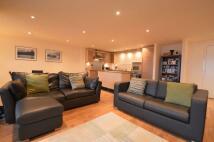 2 bedroom Flat in Templeton Court...