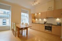 Flat to rent in Ingram Street, GLASGOW...