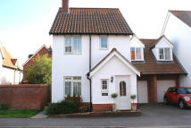 Detached property in CHERRY TREE CLOSE...