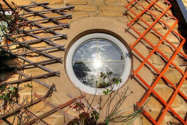 Port Hole Window.jpg