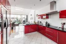 4 bed house to rent in Belmont Rise, Cheam